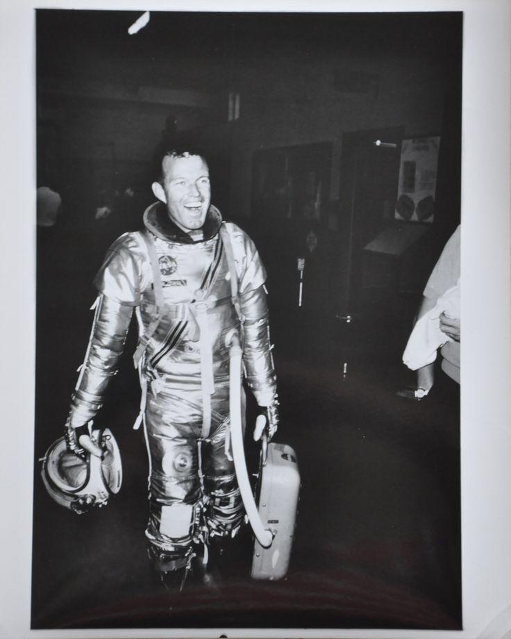 """Original 1963 8"""" x 10"""" Photo of Mercury Astronaut Gordon Cooper in Space Suit"""