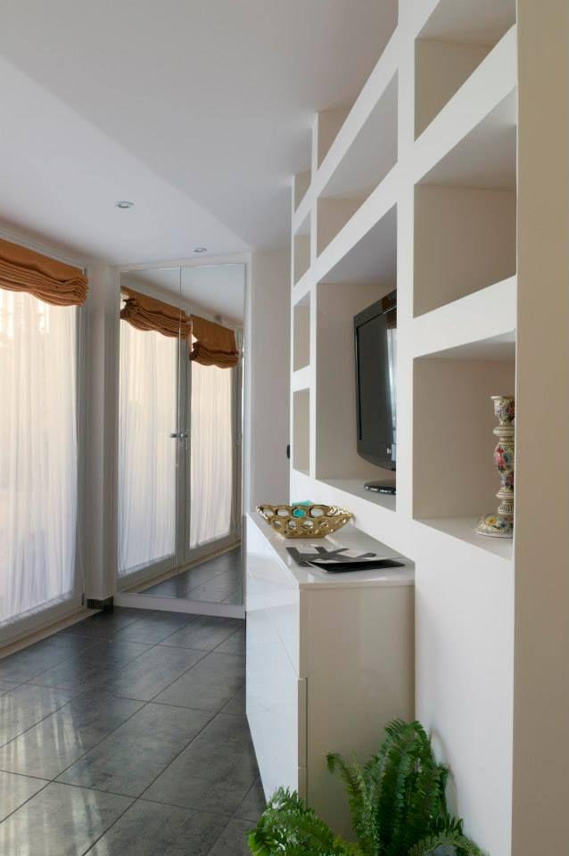 Pi di 25 fantastiche idee su armadio a specchio su - Specchio intero ...