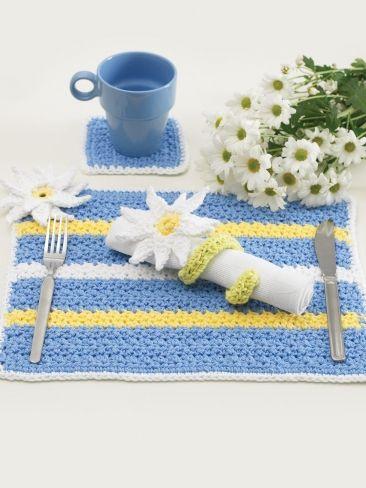 Daisy Table Setting | Yarn | Free Knitting Patterns | Crochet Patterns | Yarnspirations