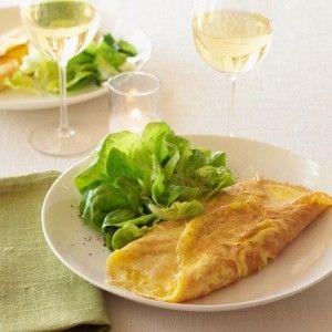 Классический французский омлет с сыром