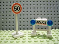 Lego Advent Calendar 2006, City (Day 17) Police Barricade and Speed Limit Sign