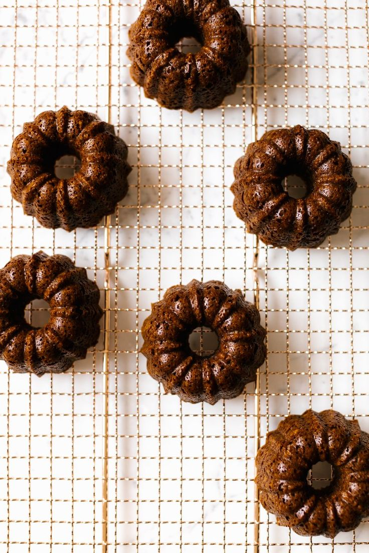 "Gingerbread Bundt Cakes + Vanilla Cashew ""Buttercream"""