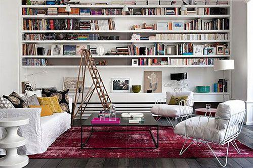 Boekenkast inrichten in woonkamer | Interieur inrichting Planken