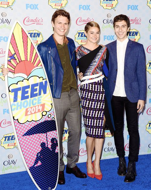 Shailene and Ansel winners of Teen Choice Awards 2014