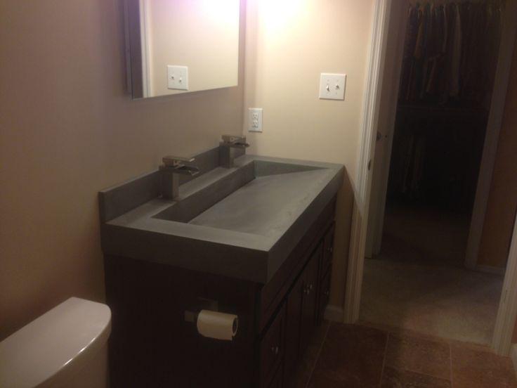 Concrete trough sink slanted back with slot drain
