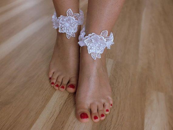 Gelin Ayak bileği kolluklar, beyaz dantel halhal, Sahil düğün yalınayak sandalet, ÜCRETSİZ GEMİ bilezik, düğün halhal, halhal, gelin, düğün
