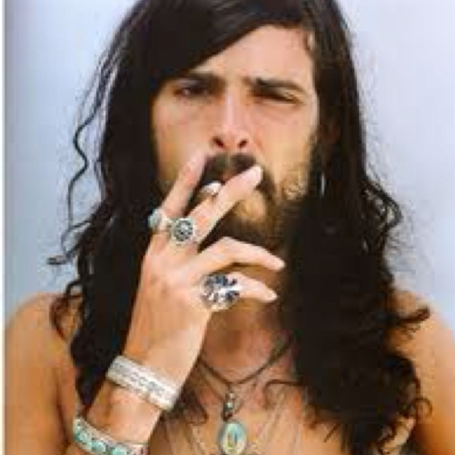 Gypsy Look On Men Is Very Attractive H A I R B E A U T