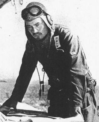 Army ace Tateo Katō during the battle of Malaya, during which he commanded the 64th Sentai that destroyed 260 allied planes in only 2 months. He died in May, 1942, attempting to dive on a squadron of Bristol Blenheim bombers. Pin by Paolo Marzioli