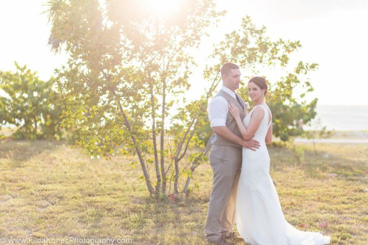 Charming Sunset Elopement by Filda Konec Photography - Melissa Hearts Weddings