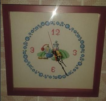 #cross-stitch #home #decore Reloj para baño en punto de cruz