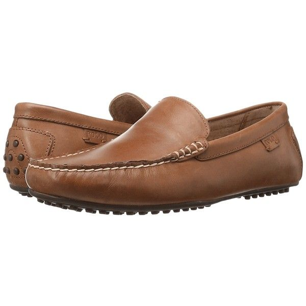 Polo Ralph Lauren Woodley (Polo Tan) Men's Slip on  Shoes (320 BRL) ❤ liked on Polyvore featuring men's fashion, men's shoes, mens leather loafers, polo ralph lauren mens shoes, mens loafers, mens tan leather shoes and mens slip on loafers