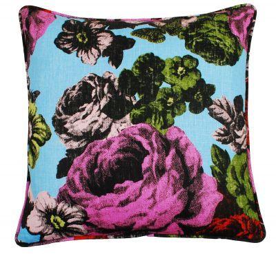 Mairo Baronessa cushion cover. Designed by Lisa Bengtsson.