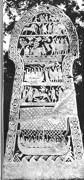 Depicted on the Stora Hammars I stone are six panels with mythological, religious and martial background. It has been interpreted as illustrating the legend of Hildr and its never-ending battle.