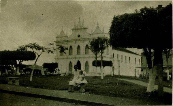 Praça Cônego Maximiano : Igreja Matriz Nossa Senhora da Conceição ...