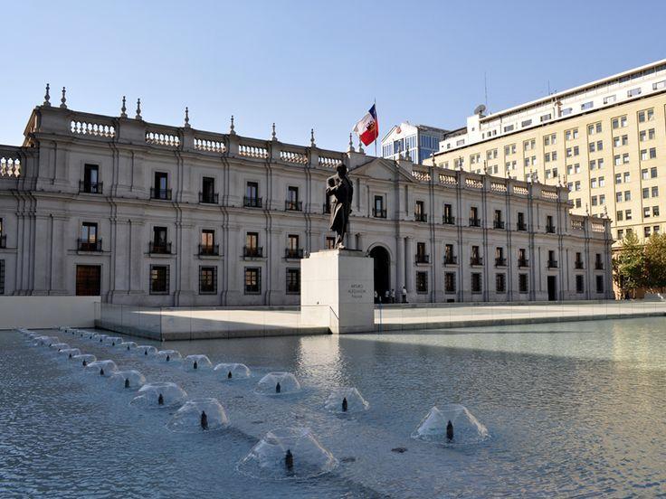 Palacio de la Moneda y Plaza de la Ciudadanía