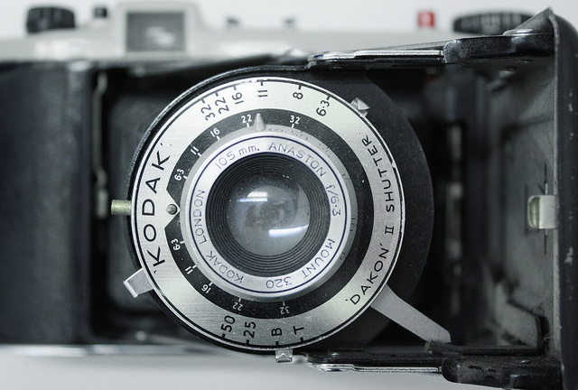 Kodak Dakon II Shutter by Ash Dowie, via Flickr