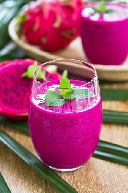 Dragon Fruit Smoothie ->  Flesh of one dragon fruit 1 cup banana 1 cup coconut water 1″ ginger nub water  The seeds contain omega-3 fats that help fight inflammation and autoimmune diseases.