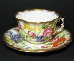 ♥•✿•♥•✿ڿڰۣ•♥•✿•♥  Tea cup. Don't know the maker, but know the style is vintage  ♥•✿•♥•✿ڿڰۣ•♥•✿•♥