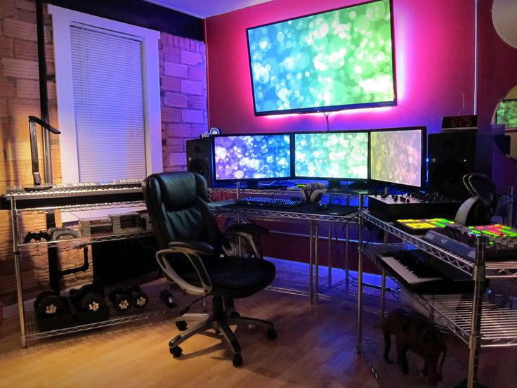 Computer gaming room  92 best Gaming Room images on Pinterest | Gaming setup, Gaming ...