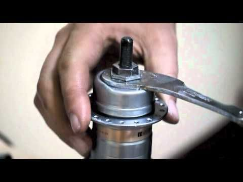 In this video, I disassemble and give some tips on lubricating a Shimano 3S, a cartridge-style, three-speed hub from around the 1970s/80s. It can be found on...