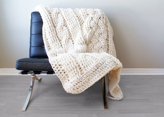DIY Crochet PATTERN Throw Blanket / Rug Super Chunky by Midknits