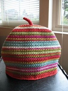 make a tea cozy out of only single crochet stitches ... so easy