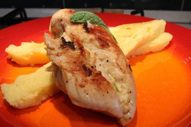 Zsályás csirkemell recept polentával