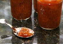 http://southernfood.about.com/od/jamsjellies/r/r81018i.htm