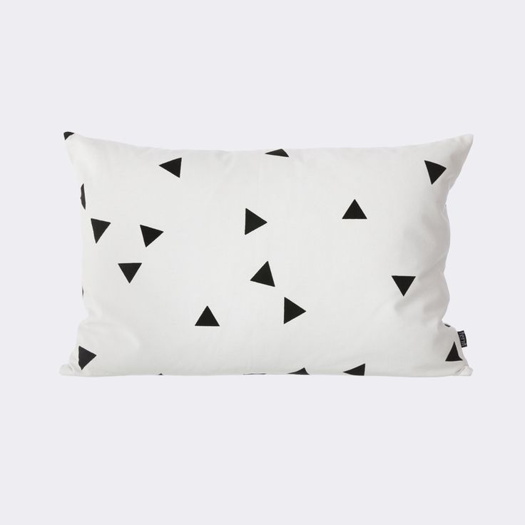 Black Mini Triangle Cushion