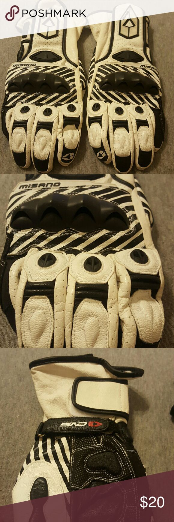 Womens leather motorcycle riding gloves - Motorcycle Gauntlet Riding Gloves Gently Loved Motorcycle Riding Gloves These Were Worn For About A