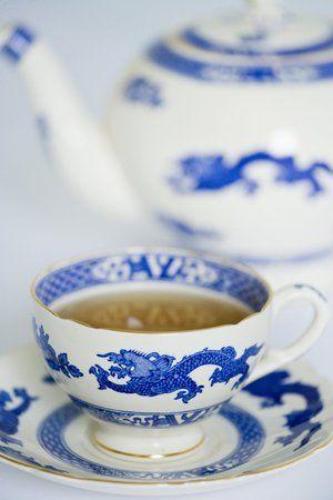 http://www.rareteacompany.com/recipes/how-to-make-the-perfect-cup-of-tea/