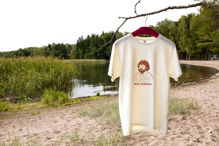 """Hand printed T-shirt """"Hoyle Schweitzer, the Father of Windsurfing"""". 100% organic cotton."""