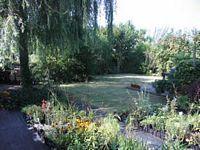 Zeeland Kwadendamme  Het groene weegje  Kwekerij van Siergrassen, bamboes en bijzondere vaste planten. (hemerocallisen) Open kwekerijtuin, bamboetuin.  aalweg 1 Kwadendamme