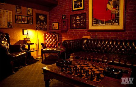 17 best images about cigar and whiskey room on pinterest for Man cave bedroom designs