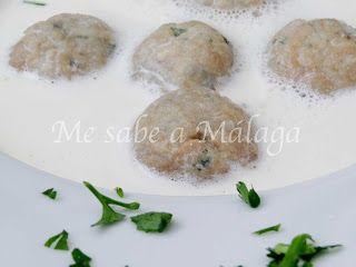 Las albóndigas de boquerones en gazpachuelo es una receta típica de Cuevas de San Marcos, pueblo malagueño situado en la Comarca Norori...