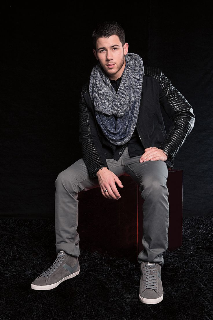 Nick Jonas big FEET!