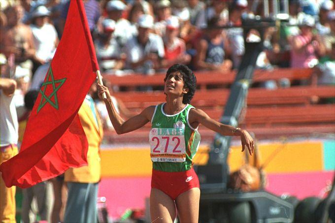 Nawal El Moutawakel est devenu premiere médaille d'or marocaine, et premiere femme marocaine aux Jeux Olympiques 1984 https://www.happyknowledge.com/post/Citoyen%20marocain%20/VVTufW2t0AeuVzVM