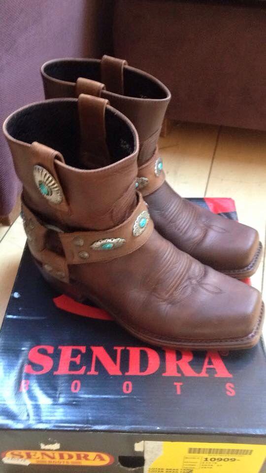 I love Sendra boots!