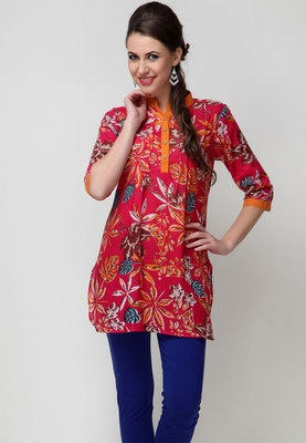 Printed Suit Set for women by Sangria. Crafted from cotton, it comprises a kurta and a churidar. The thigh-length, printed kurta has 3/4th sleeves and a mandarin neck. This set comes in a regular fit. Neither the bride nor the hostess will be able to overshadow your trendy yet suave look when you step in wearing this red coloured suit set to a wedding or a social get together.