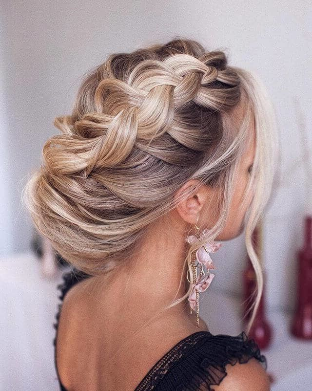 30 New Long Wedding Hairstyles 2019 Bridal Hair Isn T The Only Way