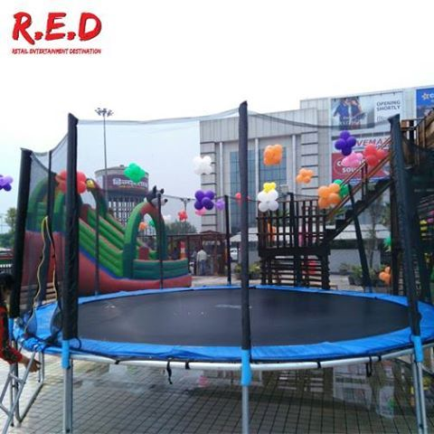We are ready to launch ‪#‎GhaziabadChildrenPark‬ for ‪#‎kids‬ to have ‪#‎fun‬! Share your contact details to enjoy all the fun activities. ‪#‎REDMALL‬
