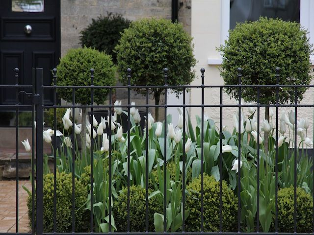 Farrow & Ball's Railings - Front of house by Hendy Curzon Gardens