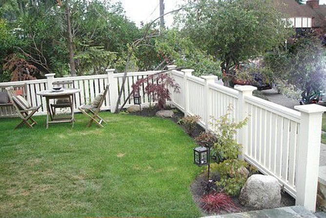 Fence could do like this if cheaper than wood but has to be taller for debo