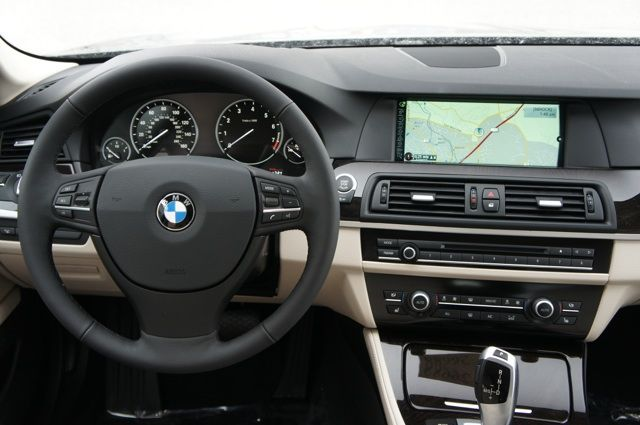 2013 Bmw 5 Series Tasman Green Exterior Oyster Black