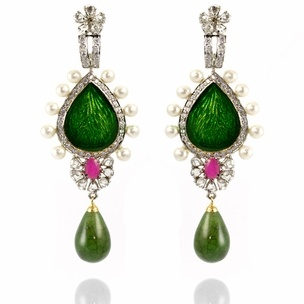 Jen Earrings http://blossomboxjewelry.com/e1320.html #jewelry #indian #fashion #bollywood #designer #earrings #emerald #green #gems