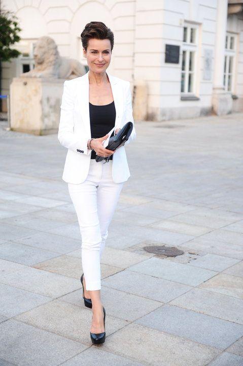 Danuta Stenka / white tailored suit