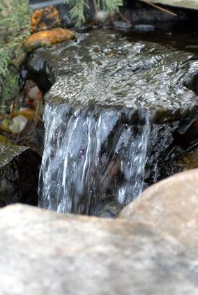 How To Build A Pondless Waterfall With Easy Do It Yourself Instructions Waterfalls Do It