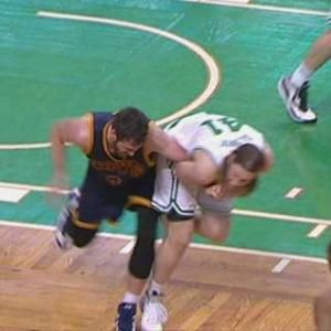 Kevin Love suffers dislocated left shoulder on 'bush-league play' by Kelly Olynyk