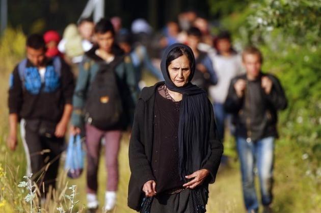 Face aux migrants, l'Europe en panique
