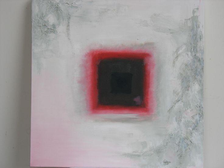 Dit aantrekkelijke schilderij in gemengde techniek op doek laat je snel wegdromen in een mooie meditatie. Het vierkante vlak met de rode rand en de zachtgrijze omgeving trekt je als het ware naar binnen. Afm. 60x60 cm